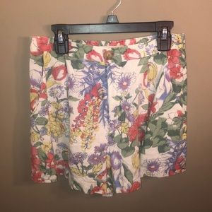 urban outfitters size small floral shorts